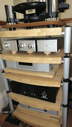 Avid Acutus Reference SP, World Audio Designs pre-amp, phono stage and power supply, Linn Akurate