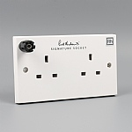 Signature™ Socket Double with Earth Terminal